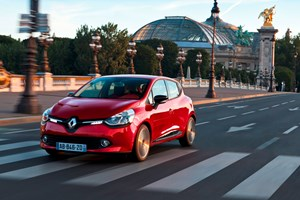 This is Renault's new Clio, a critical model for the French brand which is suffering from the stagnation of the European car market. Is the Clio good enough to open buyers' wallets?