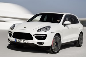 Thsi is the new flagship Porsche Cayenne: the Turbo S