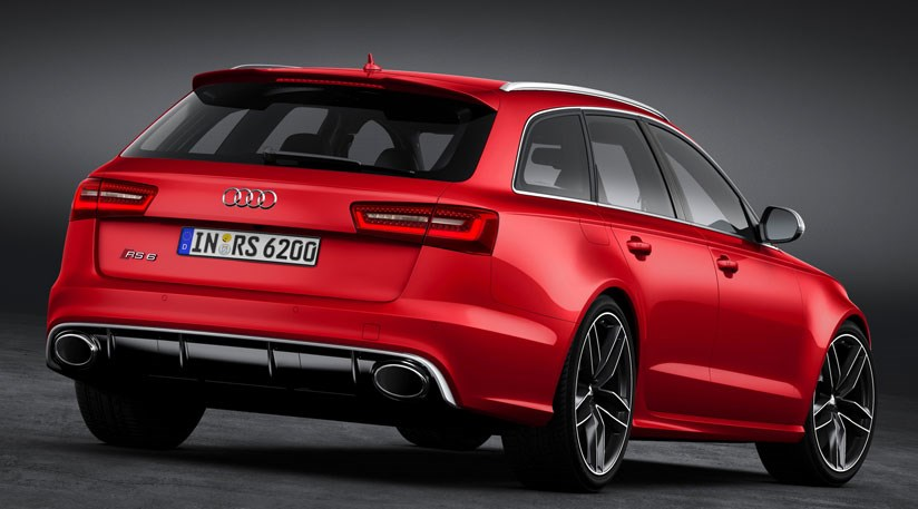 audi rs6 avant 2012 first pictures of new super wagon. Black Bedroom Furniture Sets. Home Design Ideas
