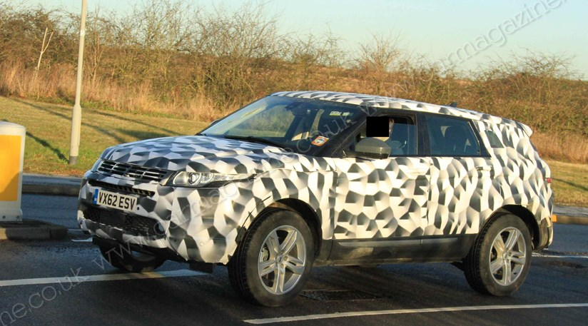 range rover evoque long wheelbase 2013 spied by car magazine. Black Bedroom Furniture Sets. Home Design Ideas