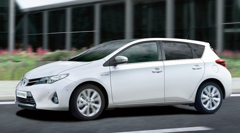 toyota auris 2013 review by car magazine. Black Bedroom Furniture Sets. Home Design Ideas