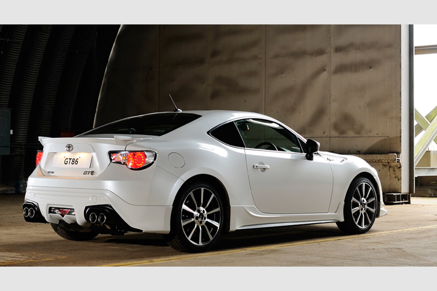 toyota gt86 trd  2013  first pictures and details