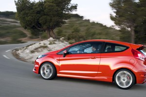 Ford plots faster Fiesta Zetec S warm hatch for 2014