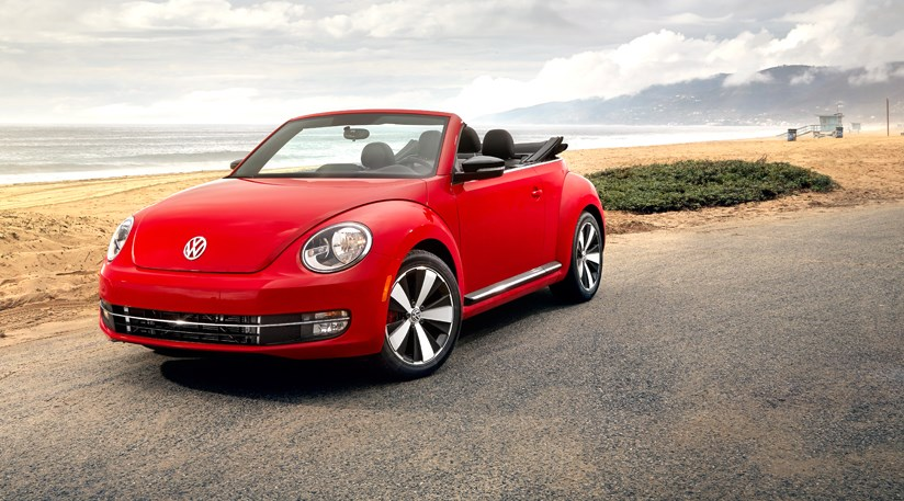 vw beetle cabriolet 2 0 tsi 2013 review car magazine. Black Bedroom Furniture Sets. Home Design Ideas