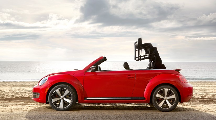 vw beetle cabriolet 2 0 tsi 2013 review car magazine. Black Bedroom Furniture Sets. Home Design Ideas