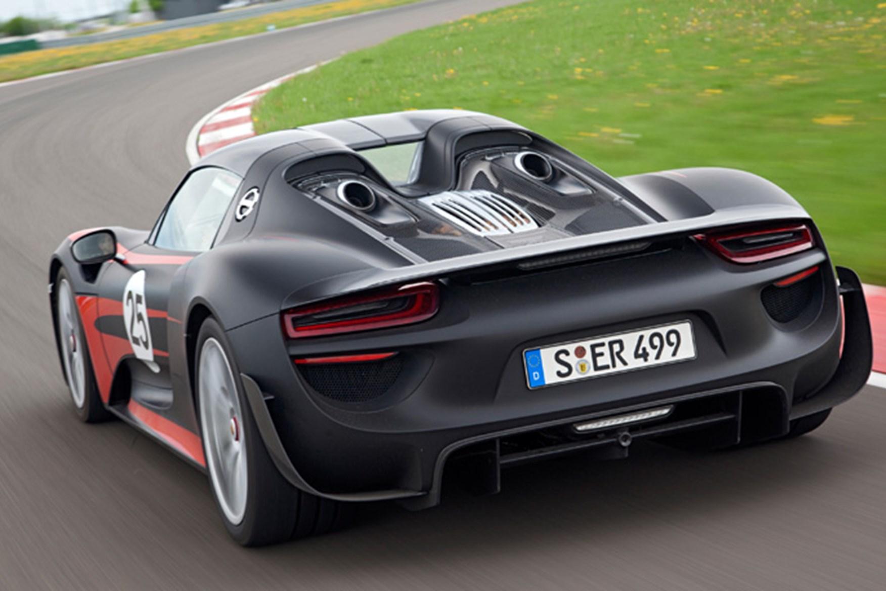 Porsche spyder specs