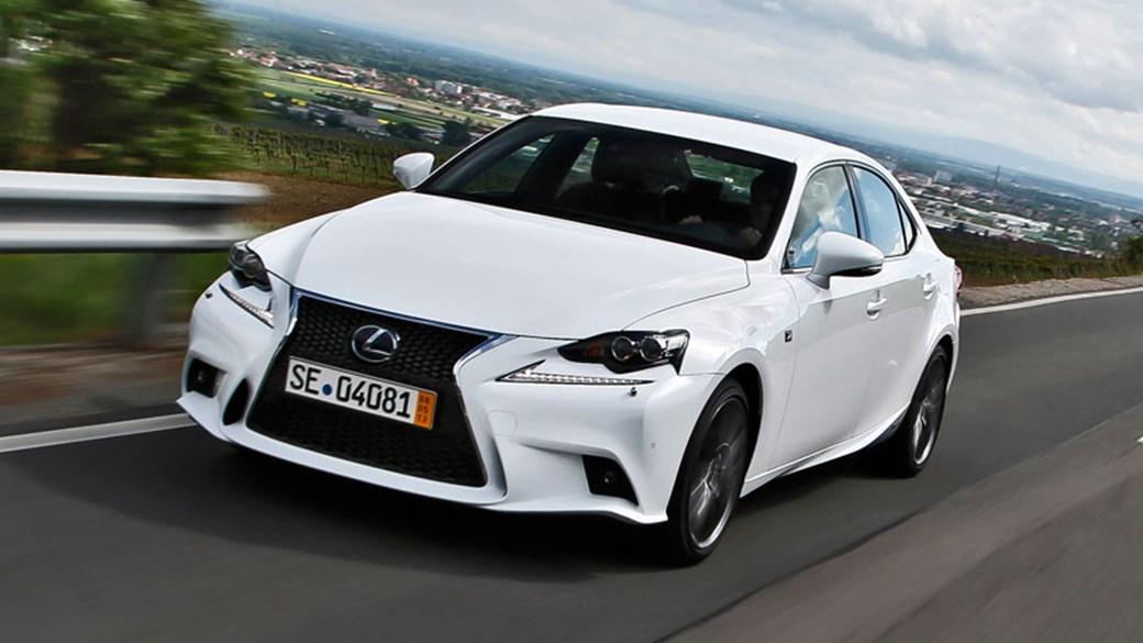 Lexus IS 300h F Sport (2013) Review