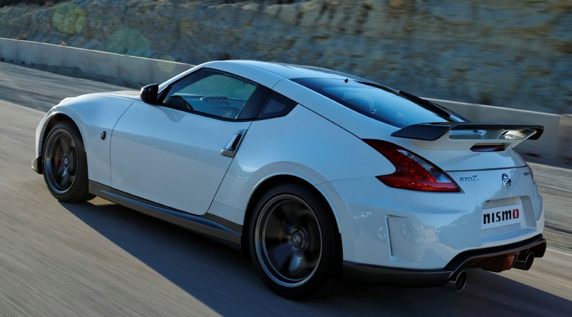 nissan slashes 370z price and adds hot nismo model for 2013 by car magazine. Black Bedroom Furniture Sets. Home Design Ideas