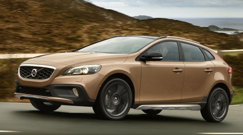 volvo v40 cross country d2 2013 review by car magazine. Black Bedroom Furniture Sets. Home Design Ideas