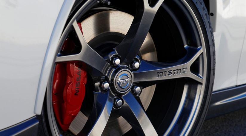 Nissan 370z Nismo 2013 Review Car Magazine