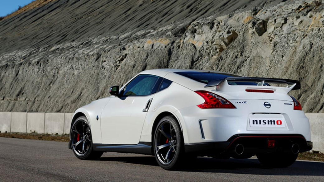 Delightful Nissan 370Z Nismo (2013) Review