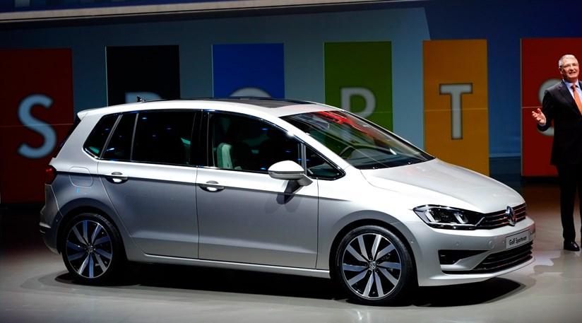 vw golf sportsvan concept 2013 at frankfurt motor show car magazine. Black Bedroom Furniture Sets. Home Design Ideas