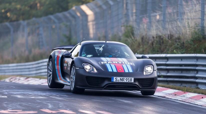 Porsche 918 Spyder Sets Nürburgring Lap Record
