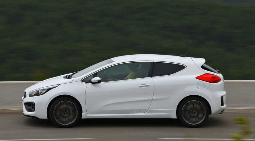 kia proceed gt 2013 review by car magazine. Black Bedroom Furniture Sets. Home Design Ideas