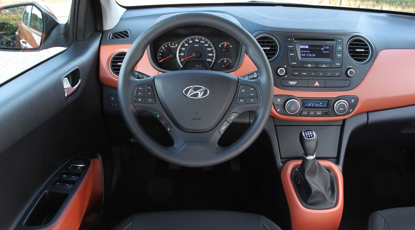 hyundai i10 1 0 2013 review by car magazine. Black Bedroom Furniture Sets. Home Design Ideas