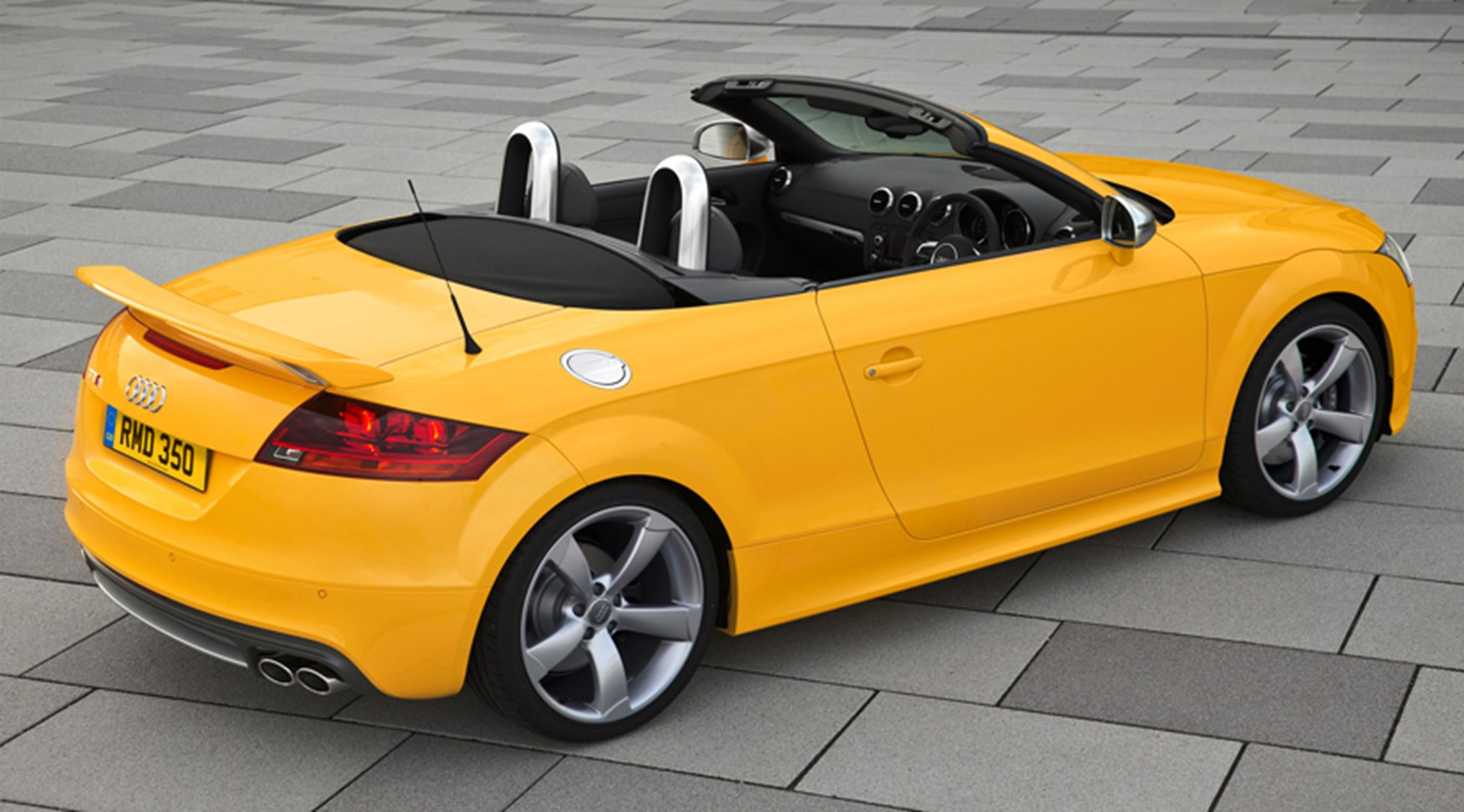 Audi TT Coupé from 1999 specs dimensions facts