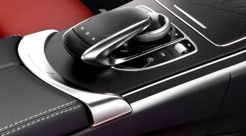Mercedes C-class (2014) interior images and technology