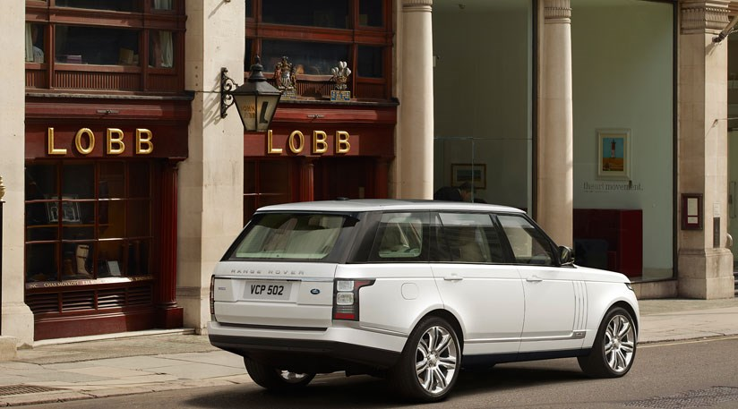 range rover long wheelbase 2013 first official pictures by car magazine. Black Bedroom Furniture Sets. Home Design Ideas