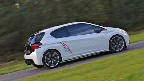 Peugeot 208 Hybrid Fe 2013 Review Car Magazine