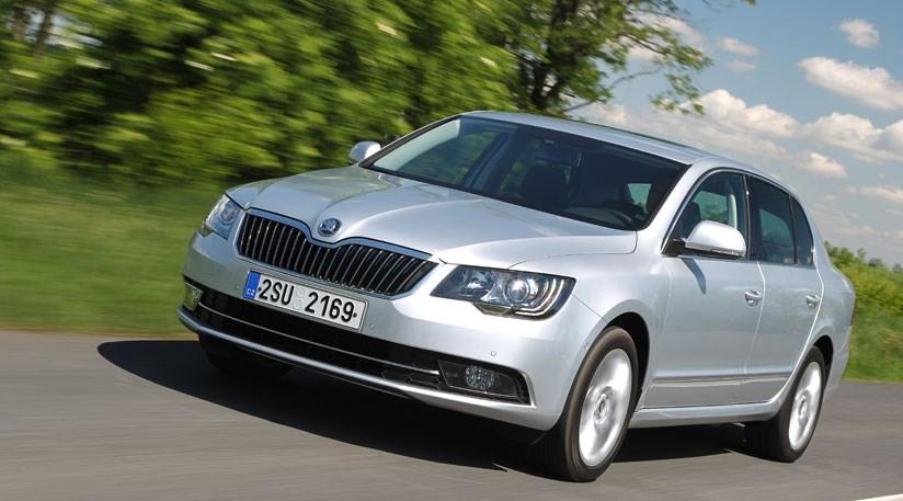 Skoda Superb 2 0 Tdi Elegance 2013 Review Car Magazine