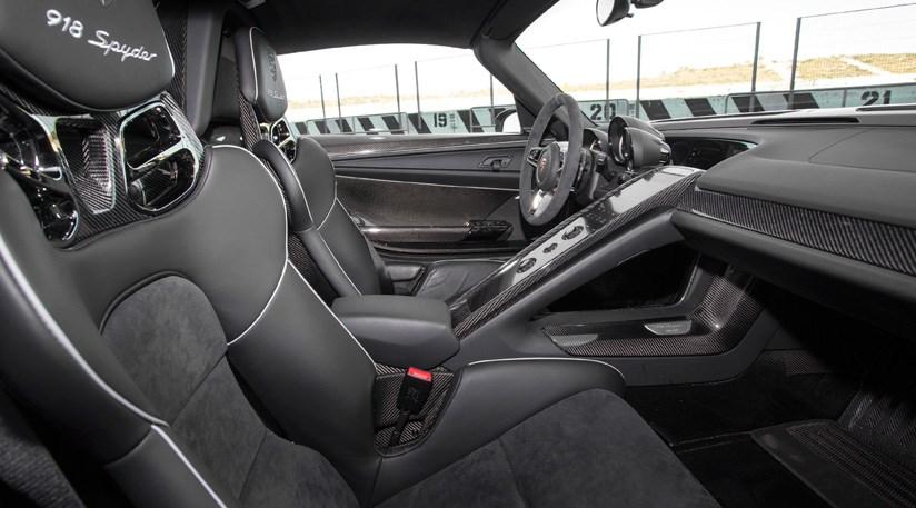 Porsche 918 Spyder 2014 Review