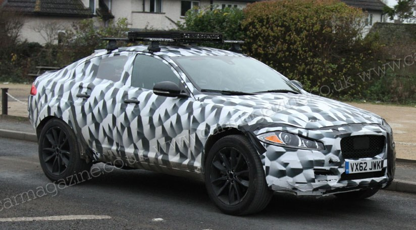 jaguar suv 2016 4x4 mule spied in uk by car magazine. Black Bedroom Furniture Sets. Home Design Ideas