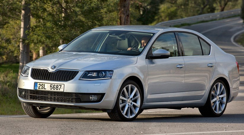 skoda octavia 1 6 tdi elegance 2014 review car magazine. Black Bedroom Furniture Sets. Home Design Ideas