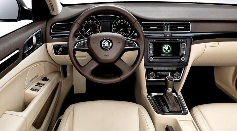 Top Line Auto >> Skoda Superb SE Greenline 1.6 TDI (2014) review | CAR Magazine