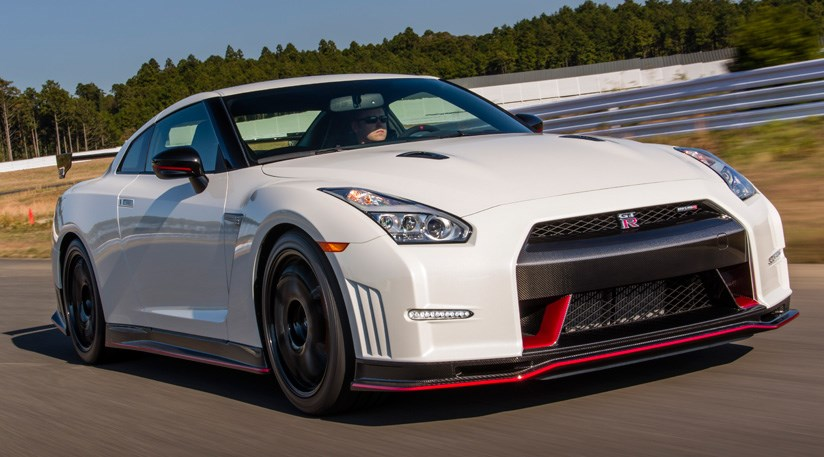 Nissan GT-R Nismo (2014) review | CAR Magazine