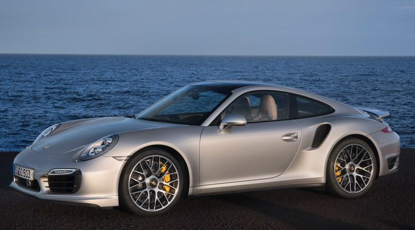 advertisement - 911 Porsche Turbo 2014