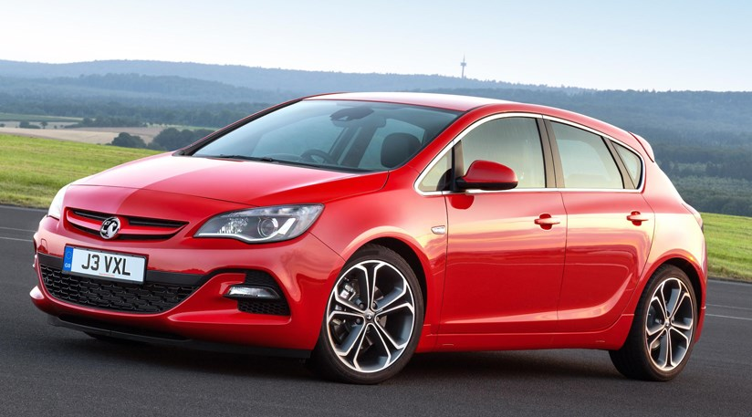 Vauxhall Astra BiTurbo 2.0 (2014) review by CAR Magazine