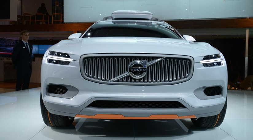 volvo xc90 2014 first spy shots of new family 4x4 car magazine. Black Bedroom Furniture Sets. Home Design Ideas