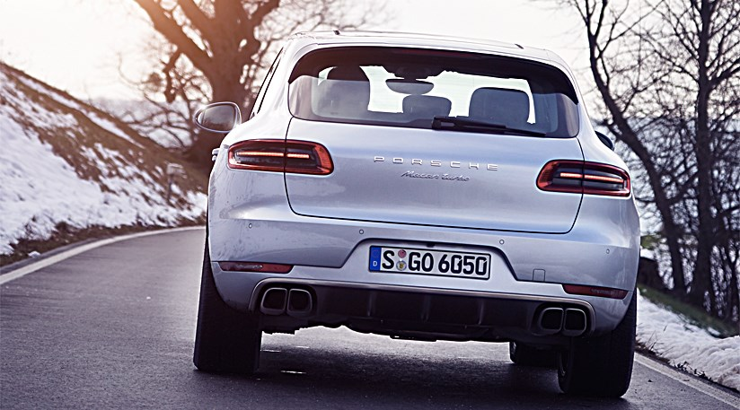 Porsche Macan Turbo (2014) review | CAR Magazine