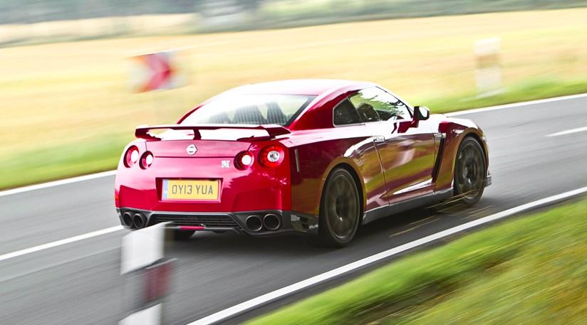 Porsche 911 Turbo S Vs Nissan Gt R 2014 Review Car Magazine