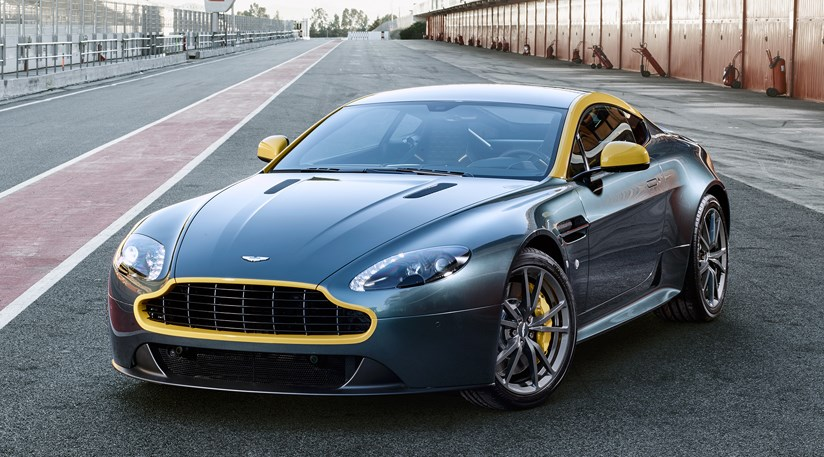 Aston Martin V8 Vantage N430 And Db9 Carbon 2014 First Official