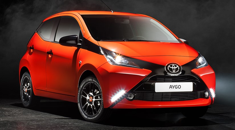 toyota aygo 2014 first official pictures by car magazine. Black Bedroom Furniture Sets. Home Design Ideas