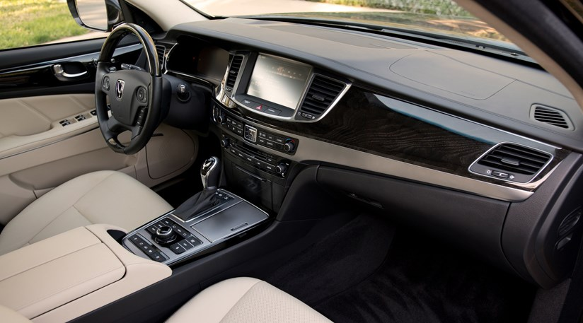 ... Hyundai Equus (2014) Review ...
