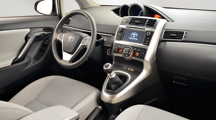 toyota verso 1 6 d-4d excel (2014) review
