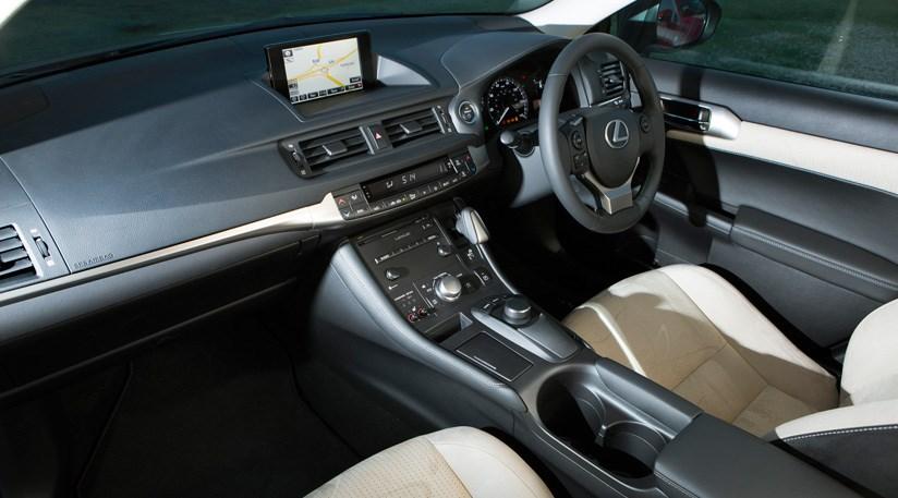 lexus ct200h advance (2014) review   car magazine