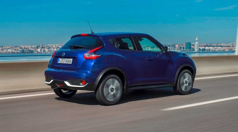 nissan juke 1 2 dig t tekna 2014 car review by car magazine. Black Bedroom Furniture Sets. Home Design Ideas