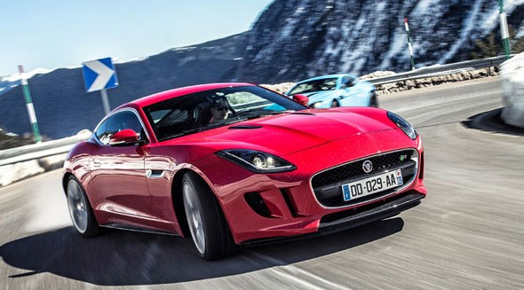Jaguar F-type R Coupe in action