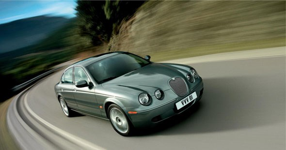 Jaguar S-type (2008): one of Mark Fields' first challenges at PAG