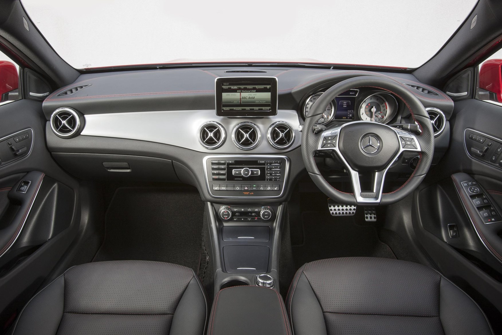 Mercedes Gla 200 Cdi Amg Line 2014 Review By Car Magazine