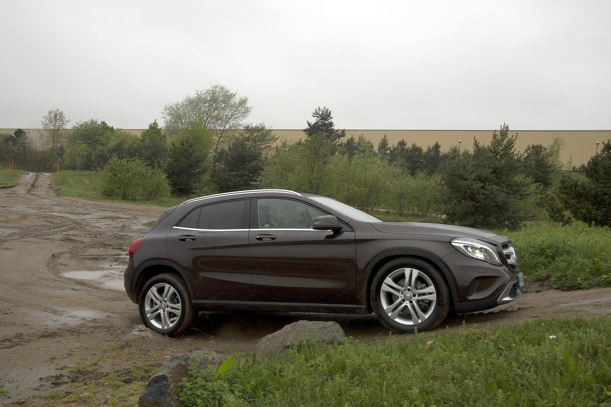 mercedes gla 200 cdi amg line 2014 review by car magazine. Black Bedroom Furniture Sets. Home Design Ideas