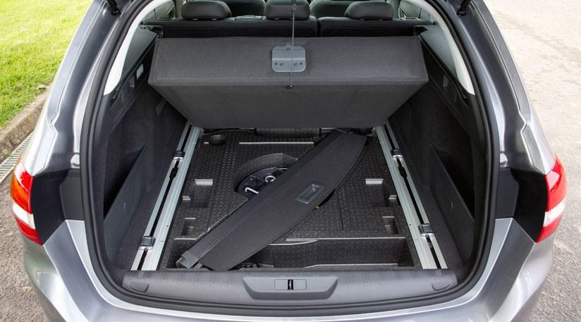 Peugeot 308 SW 2 0 BlueHDI 150 Feline (2014) review | CAR Magazine