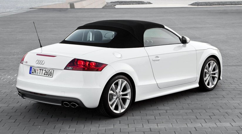 audi tt roadster 2015 revealed in new spy photos by car magazine. Black Bedroom Furniture Sets. Home Design Ideas