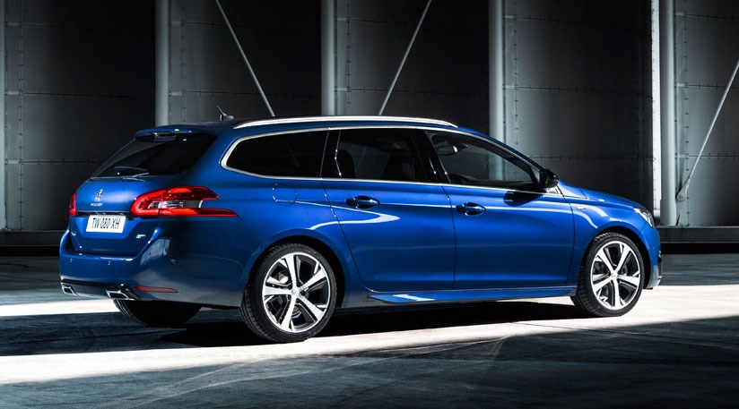 Peugeot 308 GT (2014) takes on Golf GTI | CAR Magazine
