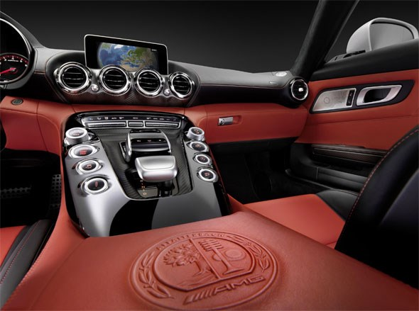 The fabulous cabin of the new 2015 Mercedes AMG GT