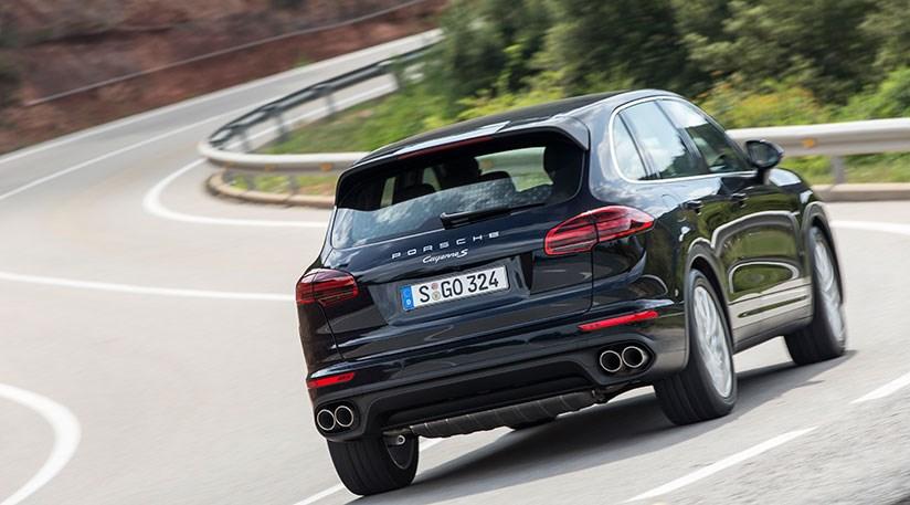 Porsche Cayenne Diesel S facelift 2014 review by CAR Magazine