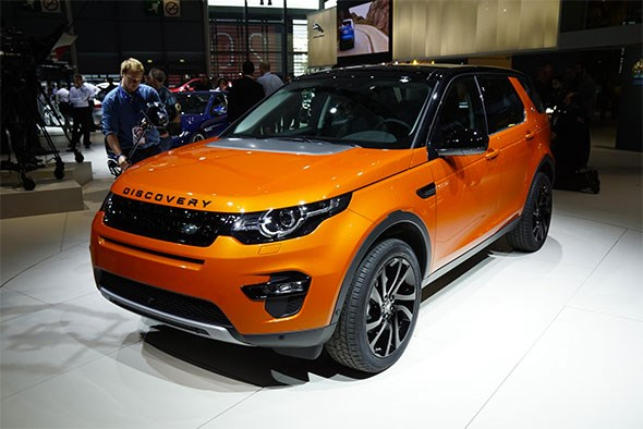 Land Rover Discovery Sport at 2014 Paris motor show